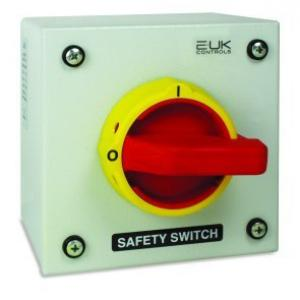 4 pole 25a 11kw safety switch steel e uk controls 4 pole 25a 11kw safety switch steel publicscrutiny Gallery